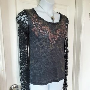 Miss Me Couture Lace Rose LS Top